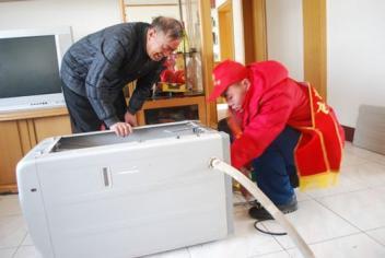 梁溪区空调维修人员能够快速无损拆维修装各种类型的空调