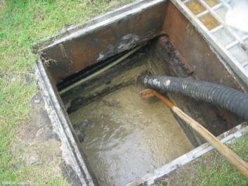 烟台清理化粪池电话联系董师傅为您进行化粪池进行清运和清理