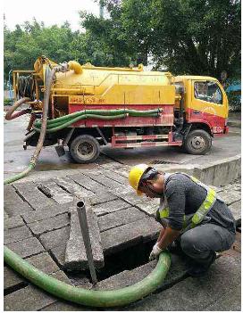 拨打烟台清淤抽化粪池电话,随时为你提供清淤抽化粪池服务。