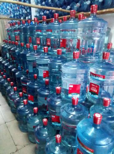 眉山桶装水配送安全可靠
