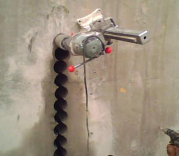 珠海专业打孔空调打孔油烟机打孔