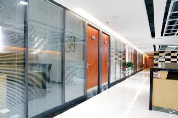 贵阳办公室隔断可免费送货上门+安装