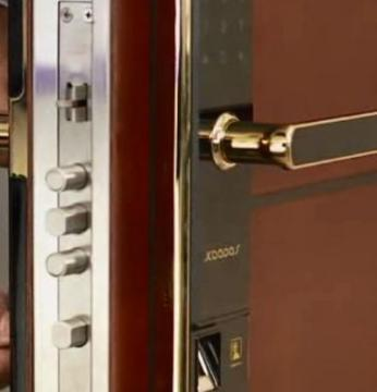 文山专开锁  技术过关 服务到位