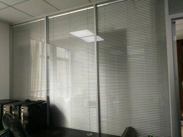 广州天河区安装玻璃隔断 品质保证