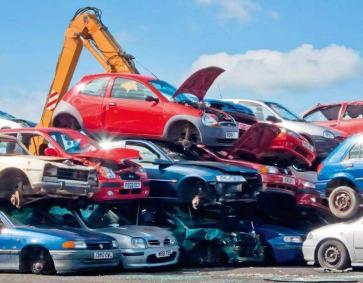 赣州报废汽车回收把废物分类处理变废为宝