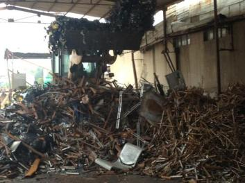 塑料的收回运用的价值 工厂内部设备回收