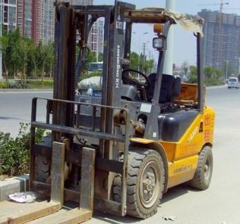 益阳叉车出租 技术力量雄厚 安全可靠