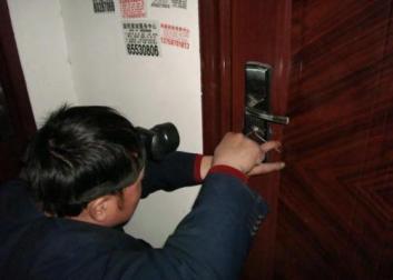 烟台开锁电话 使用防盗级别的锁更加安全