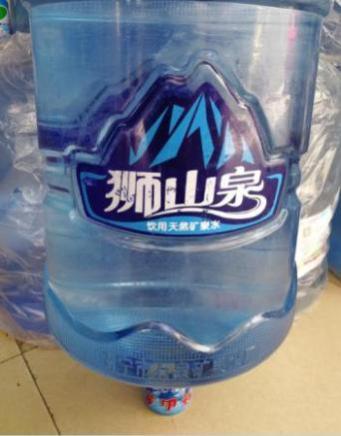 南宁西乡塘区专业的桶装水和饮料配送公司