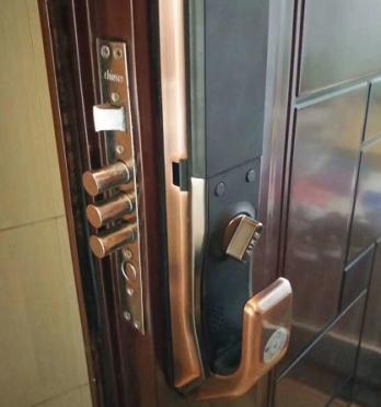 反锁的门锁怎么江津区开锁