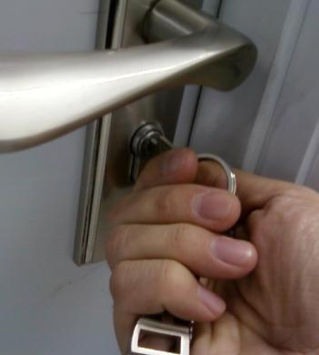 清远开锁公司提供24小时上门开锁服务