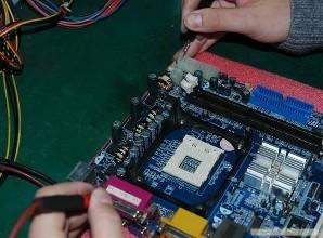 电脑配件资源充足的维修中心