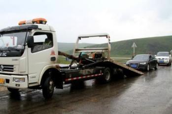 长沙道路救援清障车工作时的要注意什么