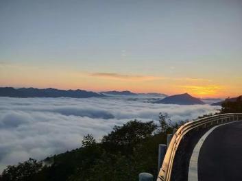 神农顶大九湖旅游包车