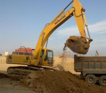 河南进口二手挖掘机低价出售