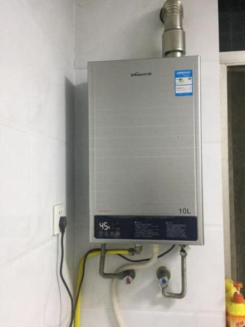 怎样排除万和热水器失灵的熄火安全装置故障?