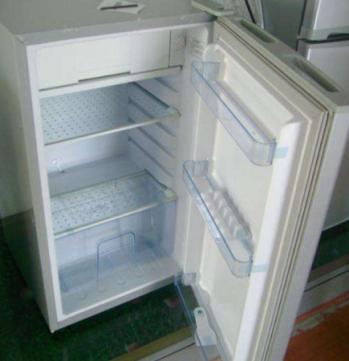 冰箱冷藏室结冰原因