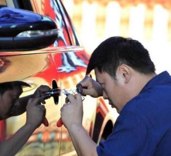 广州开锁 专业开汽车锁 24小时服务