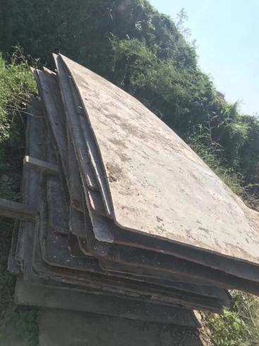铺路钢板出租施工的好处有哪些
