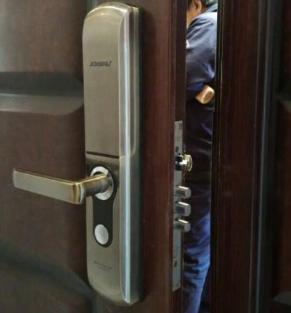 佳木斯急开锁上门