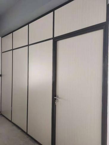 升腾装饰工程有限公司办公室玻璃隔断价格