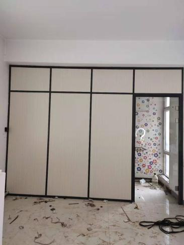 如何选择便宜的玻璃隔断材料