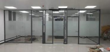 西安办公室玻璃隔断价格合理实惠