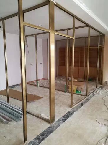 南宁商场玻璃隔断
