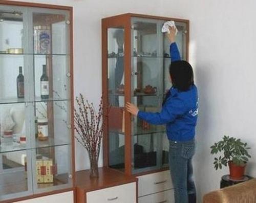中原区家政公司 擦玻璃窍门