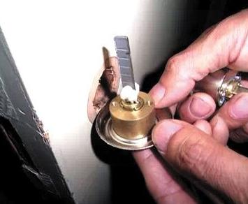 嘉峪关开锁24小时提供开锁换锁修锁