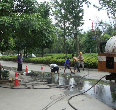 柳州市管道疏通公司 24小时服务 诚信服务 欢迎咨询
