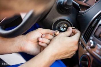 我们承接各种指纹锁开锁换锁安装服务