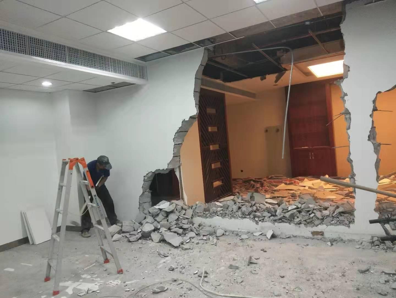 福州康师傅拆除队队提拆除打墙上门服务