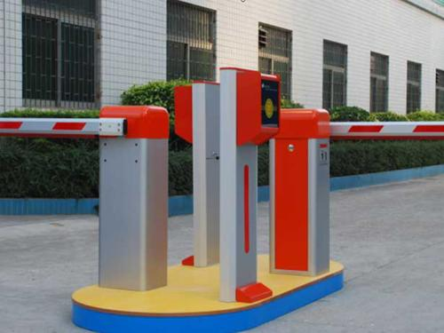 智能停车场设备怎么选