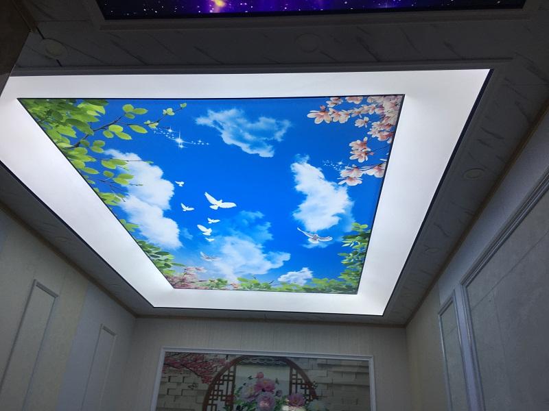 软膜天花 普通灯片与UV高端灯片的区别