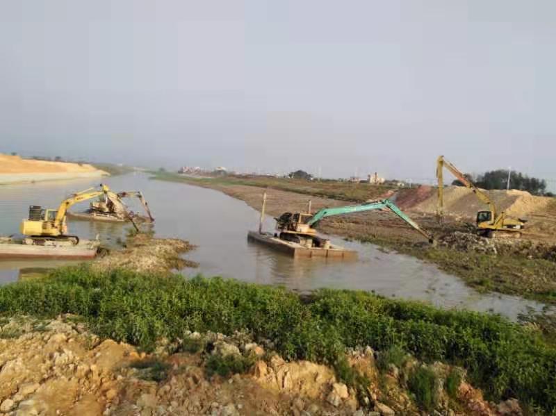 中山挖掘机械-水上加长臂勾机挖掘机出租