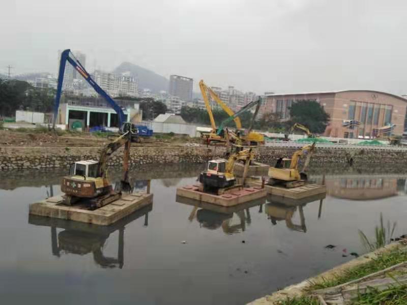 珠海水上加长臂勾机挖掘机出租公司