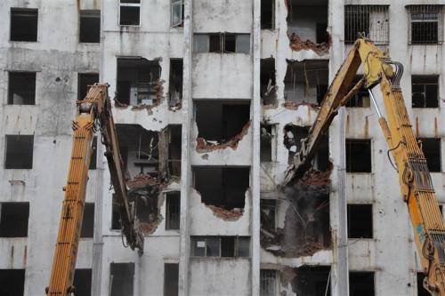 郑州专业拆除砸墙技术精湛
