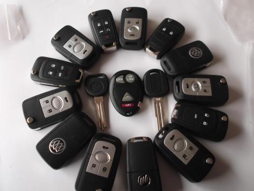 配汽车车钥匙使用注意事项