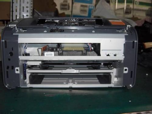 打印机纸张上有黑印解决办法