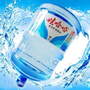 汕头桶装水配送一个电话可随时送水上门