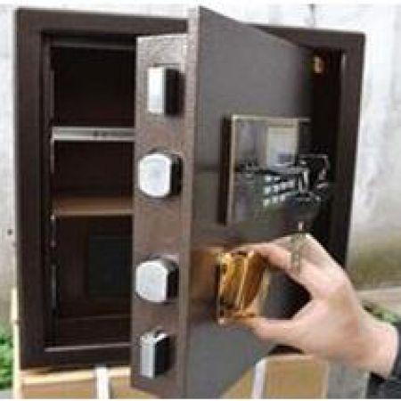 岳阳开保险柜锁要掌握好保险柜的结构