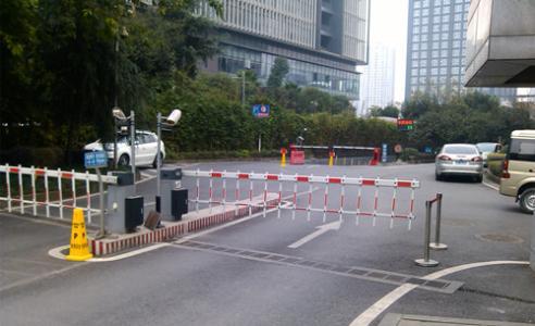 惠州车牌识别系统帮助客户轻松处理找车难的问题