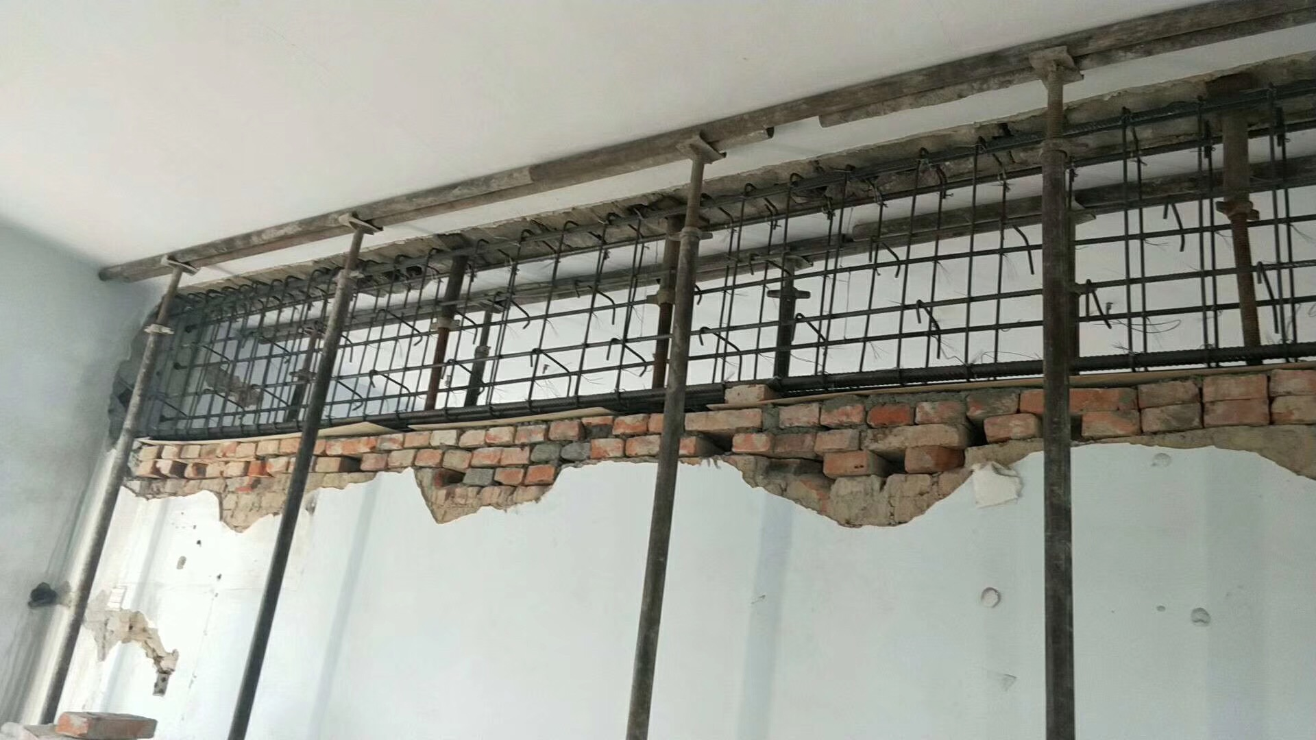 湖南资质齐全的承重墙改梁公司