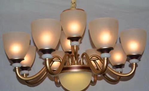 广东中山灯具回收价格高