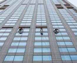 中山外墙高空清洗公司专业蜘蛛人