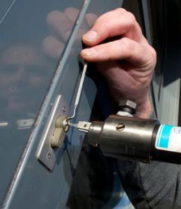 东营专开换修各种门锁汽车锁
