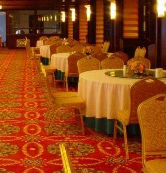 合肥酒店、酒楼、餐厅餐桌、餐椅、餐厨用品回收