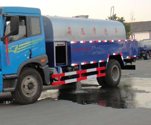 揭阳高压射流车专业清洗疏通市政管道下水道