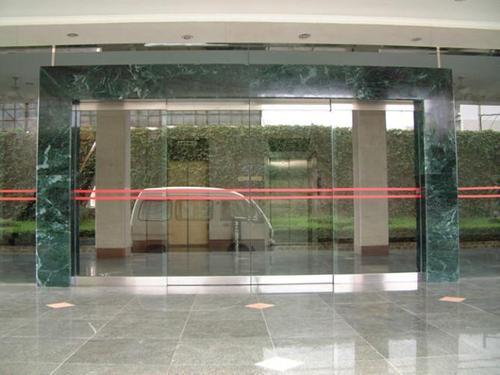 电动卷闸门维修常见的故障和处理方法